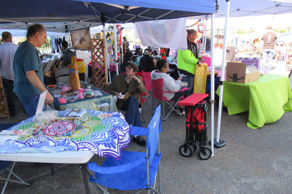Local and Outsider Businesses Come Together at Stockmarket